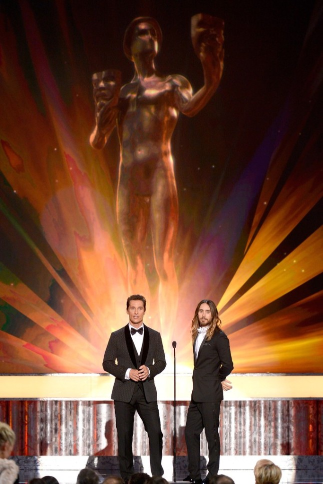 20th Annual Screen Actors Guild Awards - llegada y presentacion - 18 enero 2014