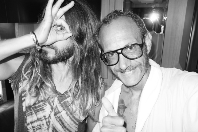 Jared Leto en el  tour bus por Terry Richardson